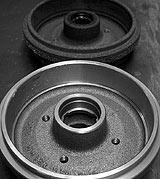 Alte und neue Bremstrommel