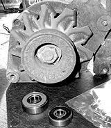 Lichtmaschine und Ersatzteile