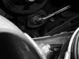 Zahnriemen-Spannrolle VW lösen