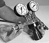 Druckminderer für Schutzgas Komponenten