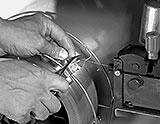 Schutzgas Drahtelektrode abknipsen
