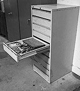 Schubladen-Schrank in der Werkstatt